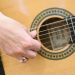 How To Break In A New Set Of Guitar Strings
