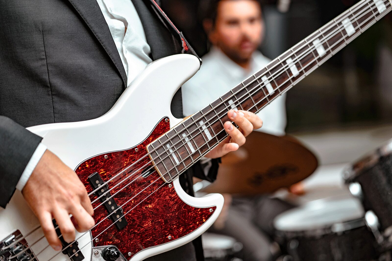 Playing Bass Guitar   The Top 5 Techniques For Practicing Bass Guitar