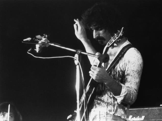 Frank Zappa | 21 Of The Most Badass, Best Guitar Players Throughout History