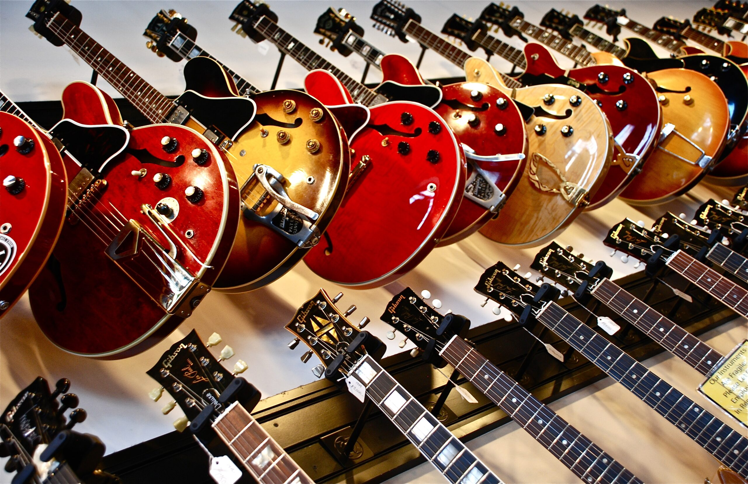 Assorted Colored Electric Guitars   15 Helpful Tips That Will Guide You When Buying A Guitar