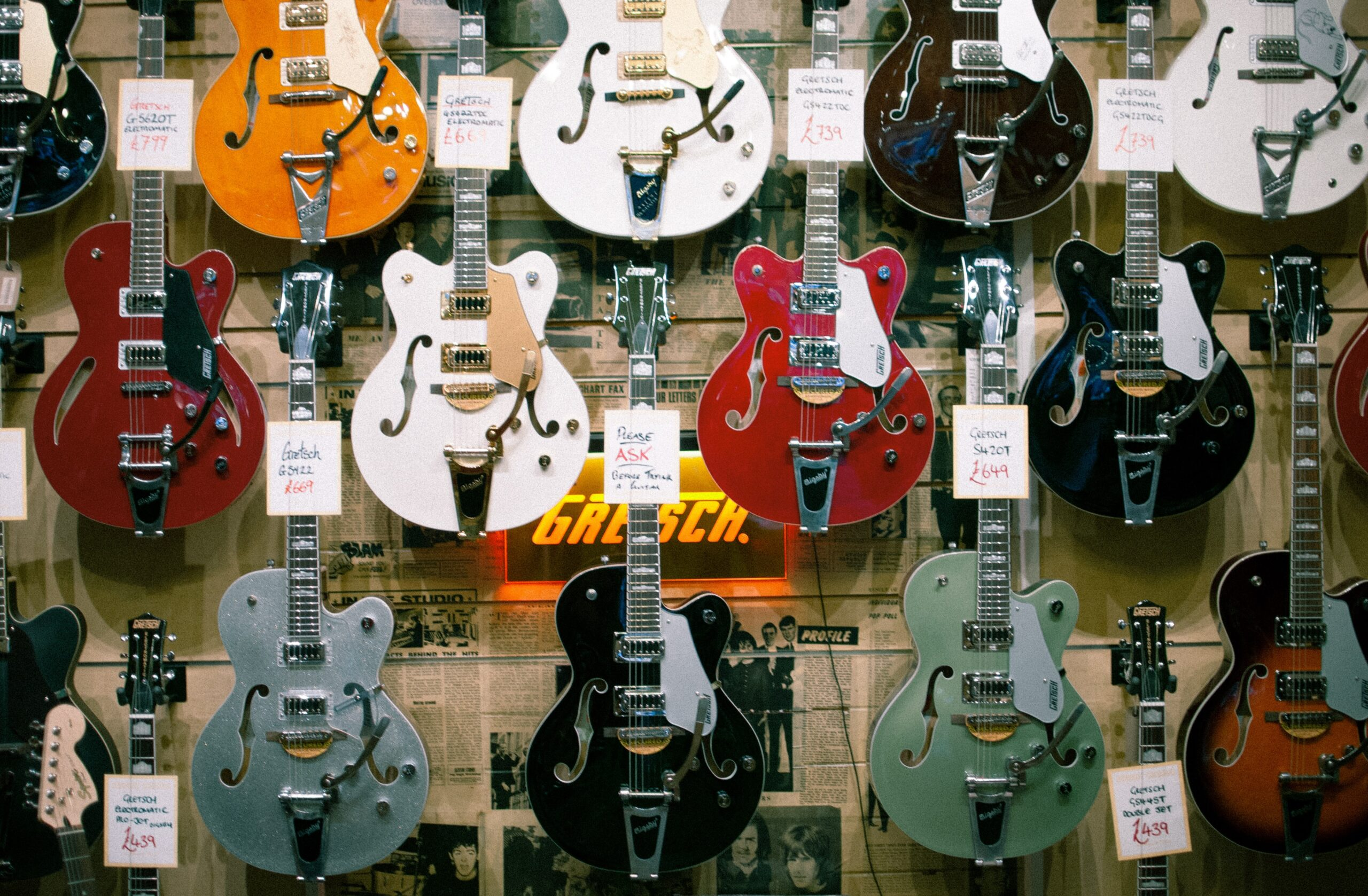 Assorted Colored Jazz Guitars | 15 Helpful Tips That Will Guide You When Buying A Guitar