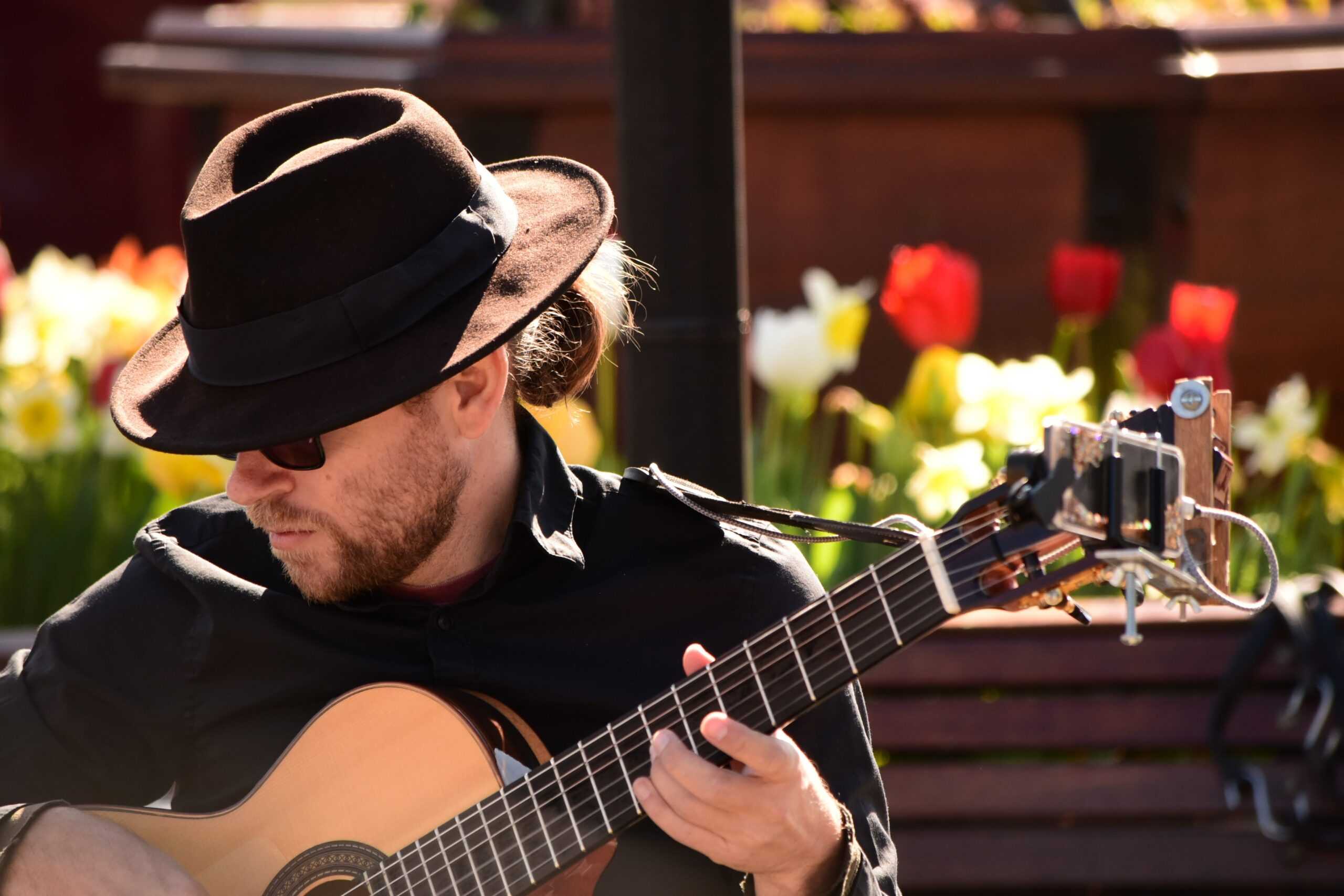 Man Playing Guitar | 9 Attributes You Need To Have When Learning The Guitar