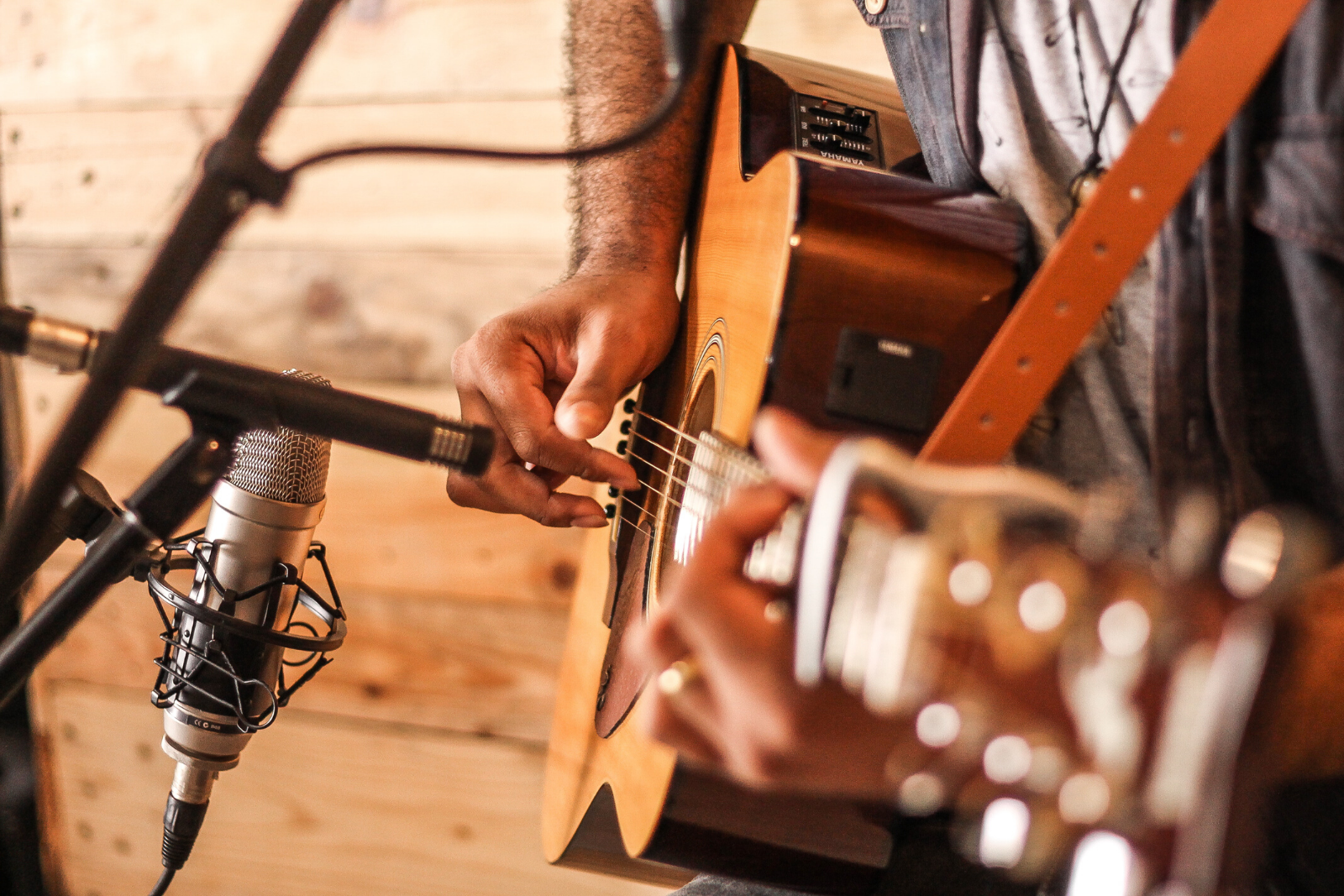 Man Playing Guitar | Rhythm, And 5 Other Traits That Help In Learning The Guitar